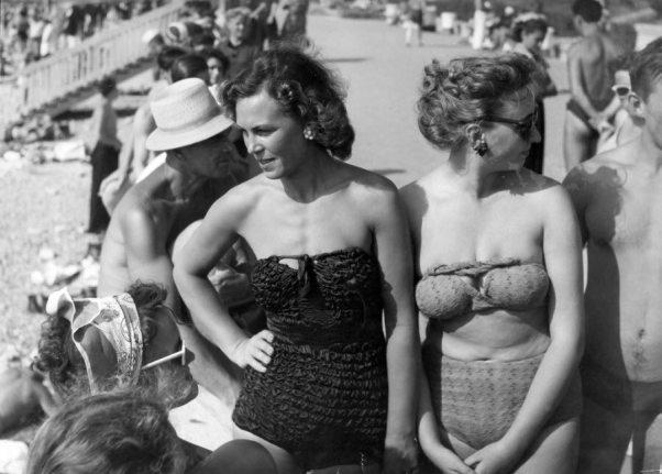 Свисающие животы и рыхлые ноги. Какими были женщины в СССР на отдыхе