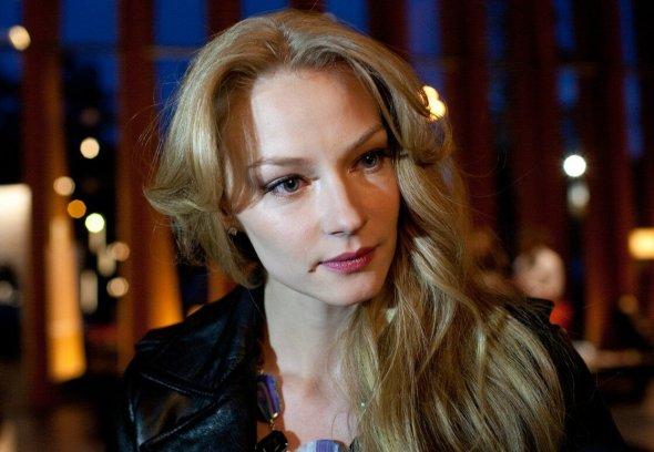 Как старушечьи. Ноги 38-летней Ходченковой в жилах и венах обсуждают в сети