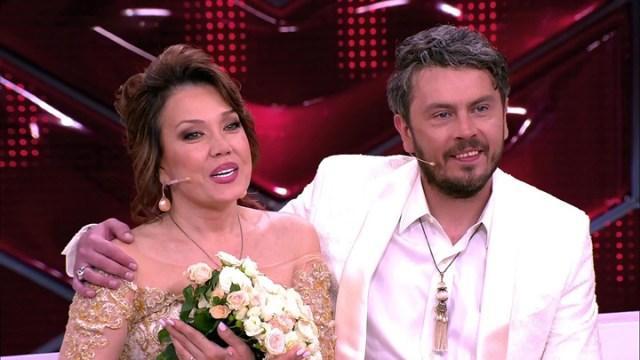 Рот поплыл, а глаз не открывается: перекошенная Людмила Поргина появилась на телешоу