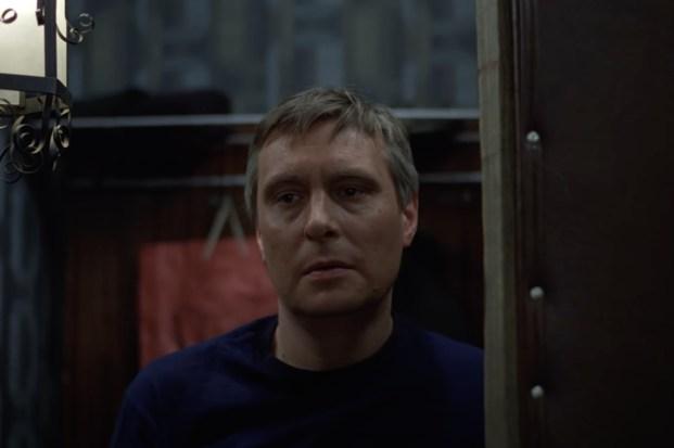 Седовласый, но харизматичный. Как живет после болезни Олег Басилашвили
