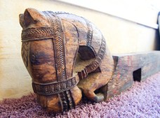 Caballo de madera, da un toque personal a tu hogar