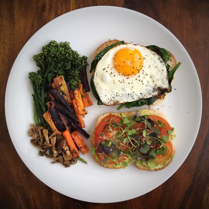 Fried Egg Sandwich with Veggies