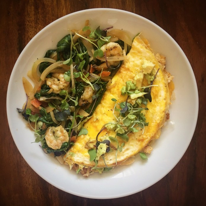 Crab Omelette with Spinach Shrimp Onion Salad