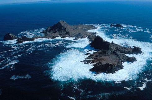 1200px-SE_Farallon_Island