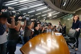 La Vicepresidenta en la rueda de prensa de los viernes