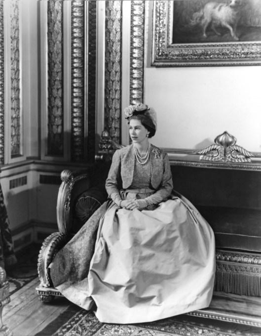 Elisabeth II by Cecil Beaton