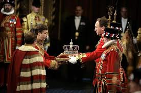 entrega de la corona