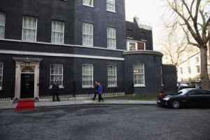 Angela llega casa David Cameron
