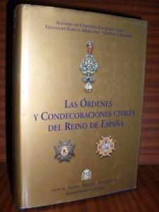 las ordenes y condecoraciones