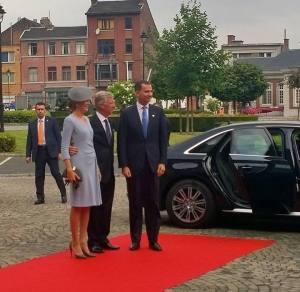 El rey Felipe VI es recibido por los reyes de Bélgica