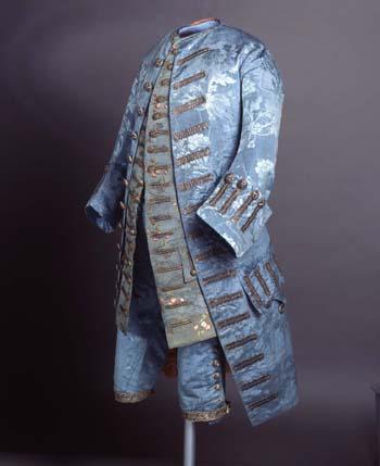 traje masculino3