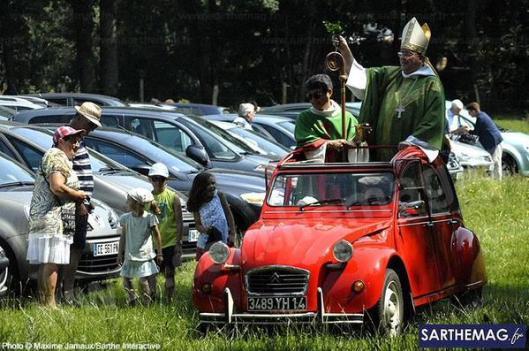 """Obispo en un """"doscaballos"""""""