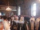 Slujba înmormântării părintelui Vasile Revnic oficiată de către Mitropolitul Clujului