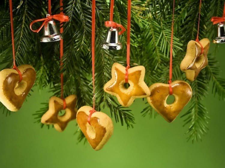 Печенье на елке