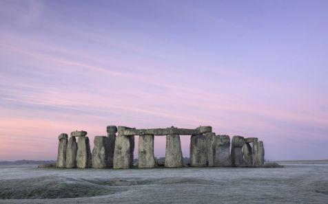 Stonehenge at Dawn, Wiltshire, England