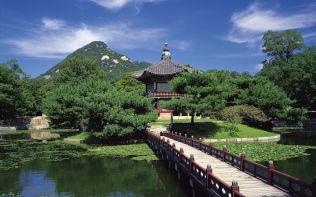 ??? ??? (Hyangwonjeong Pavilion in Gyeongbokgung)