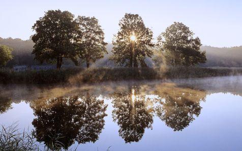 Wschód slonca nad jeziorem, Chojnowski Park Krajobrazowy, Mazows