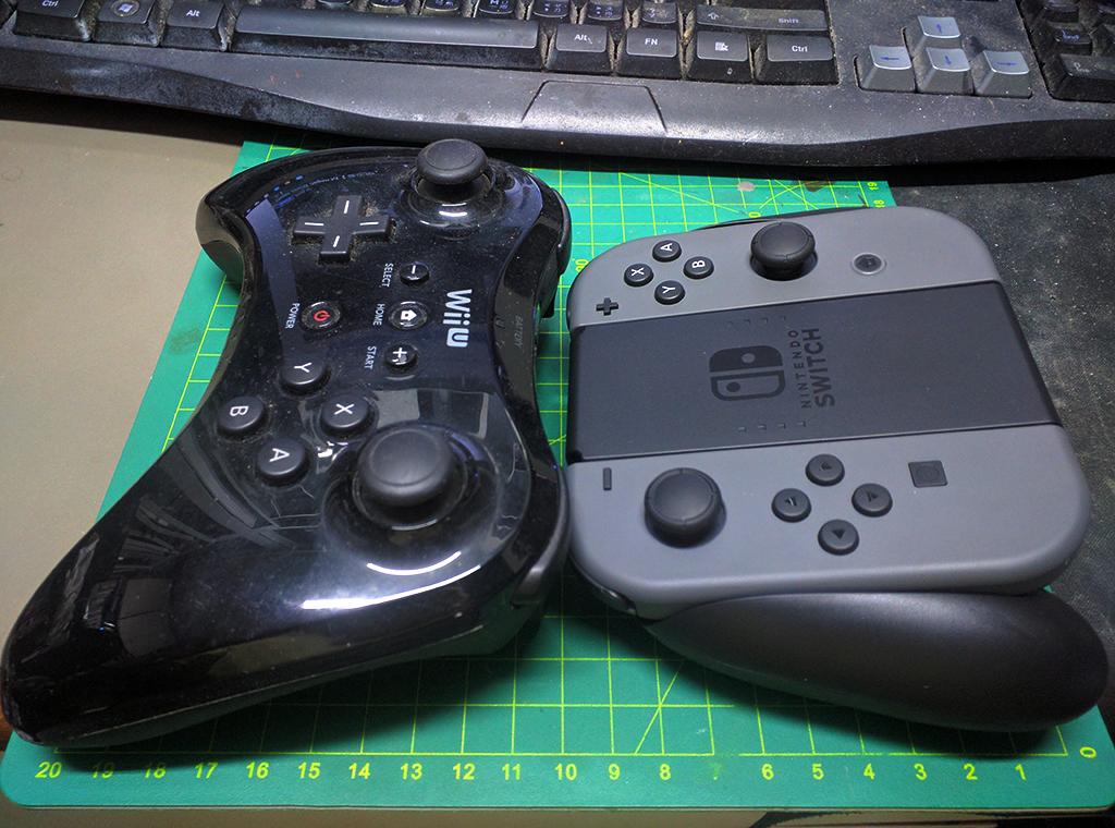 與 Wii U Pro手掣比較