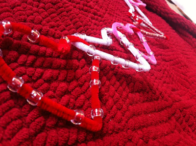 Jinxy Kids - Valentine Heart Garland with Pipe Cleaners and Beads