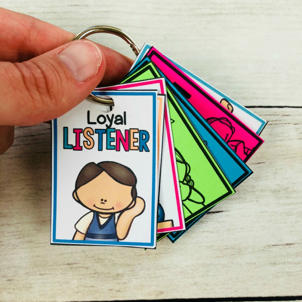 classroom management tools - brag tags and awards