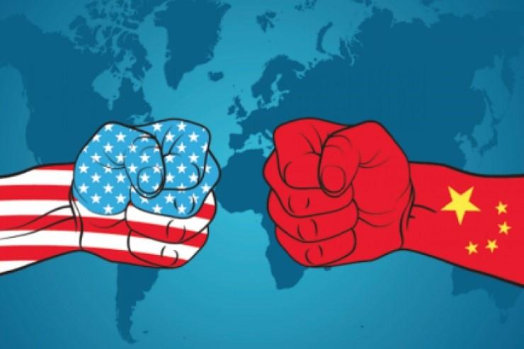 US_China_hand