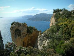 cassis coastal road