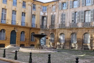Place Albertas Aix en Provence