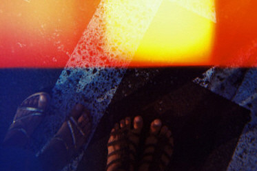 The Disturbing Beauty Of Oversaturated Pictures and Lomography