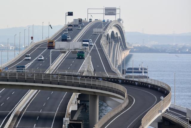千葉へつなぐ道 アクアマリン 高速道路