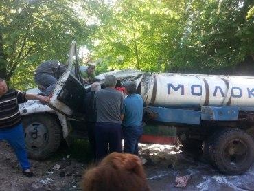 На аварію в селі Лосяч ні міліція, ні швидка, ні рятувальники не спішили