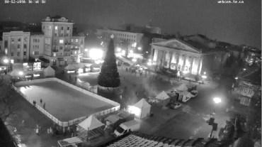 """Завтра у Тернополі освятять різдвяну шопку та запалять """"йолку"""""""