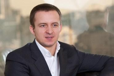 Швейцарія видала Україні підозрюваного у шахрайстві на 800 мільйонів гривень олігарха Миколу Гуту