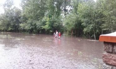 У Кретівцях, що на Збаражчині, злива затопила село