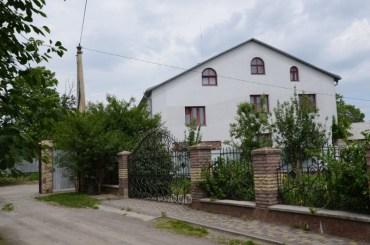 На Тернопільщині викрито організовану групу, що викрадала та позбавляла волі людей, під виглядом надання їм психологічної та медичної допомоги