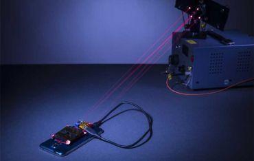 Cтворили пристрій, який може заряджати смартфон за допомогою лазерного променя