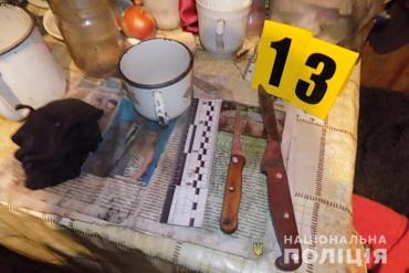 Вбивцю двох жінок на Підгаєччині знайшли повішаним у сусіда в садку
