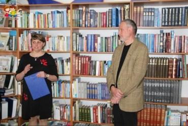 У тернопільській книгозбірні презентували історичну книгу для читачів з міцними нервами