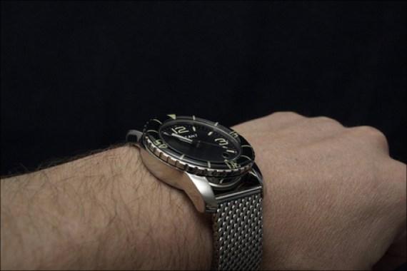 Ocean-7-LM-5-wrist.jpg