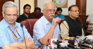 The Union Minister for Civil Aviation, Ashok Gajapathi Raju Pusapati briefing the media on the proposed Civil Aviation Requirements regarding Handling of unruly/ disruptive passengers, in New Delhi on September 08, 2017. The Minister of State for Civil Aviation,  Jayant Sinha and the Secretary, Ministry of Civil Aviation, R.N. Choubey are also seen.