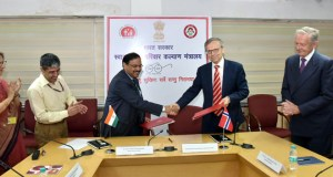 The Secretary (Health and Family Welfare), C.K. Mishra and the Ambassador of the Norway to India, Nils Ragnar Kamsvag exchanging after signing a Letter of Intent in the health sector under the Indo-Norwegian Collaboration 2018-20, in New Delhi on September 28, 2017. The AS & MD (NHM), Manoj Jhalani and other dignitaries are also seen.