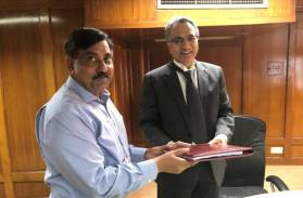 U.P. Singh, Secretary Ministry of Water Resources, River Development and  Ganga Rejuvenation  handing over reference of Mahanadi Water Disputes Tribunal Disputes to the Tribunal Chairman and  Supreme Court Judge,  Justice A M Khanwilkar