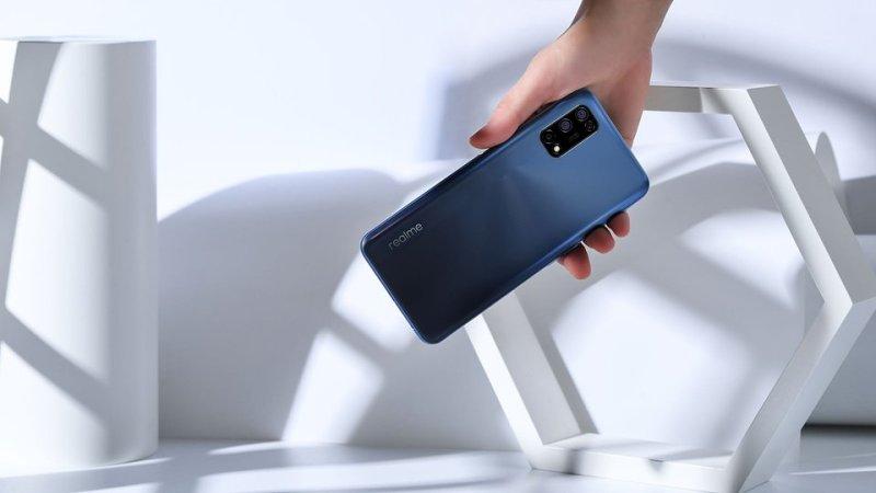 realme 7 5G był pierwszym na rynku smartfonem z układem MediaTek Dimensity 800U