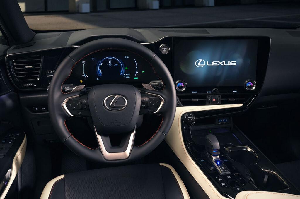 yeni lexus nx kabin