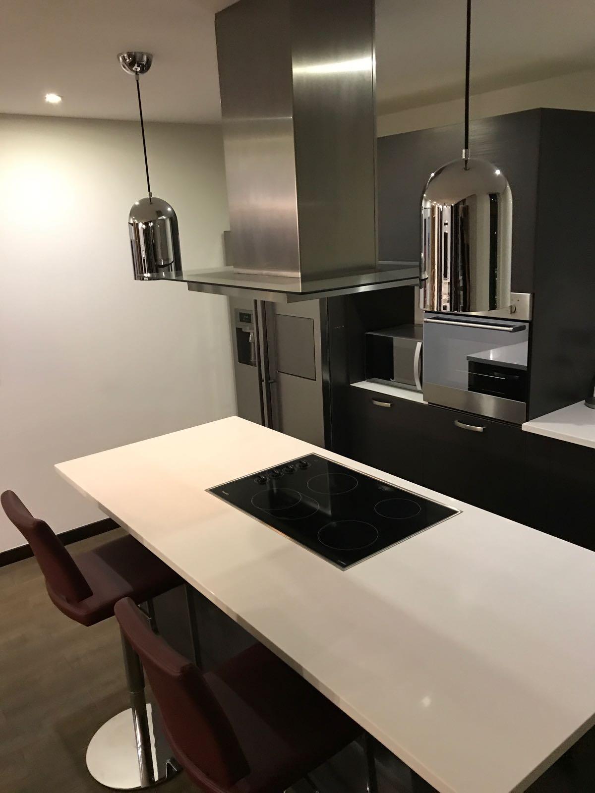 Apartamento en Alquiler en Edificio Urbana Zona 10  Proyecta Inmueble
