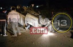 Voltea camioneta empleado de Ferromex y termina lesionado, en Córdoba