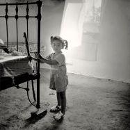 """""""Laura - Los Corrales,1995"""" - Juan Manuel Castro Prieto - 310714"""