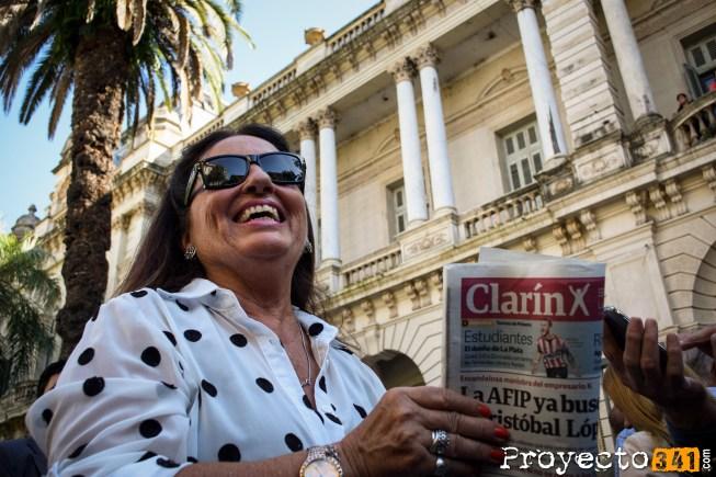 Una veintena de simpatizantes Macristas se llego a la Facultad de Derecho © Sebastián Criado, proyecto341.com reservados todos los derechos / all rights reserved