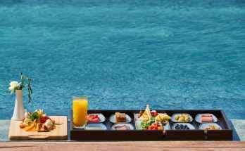 Comer almuerzo desayuno cena en el Viaje Millas 1