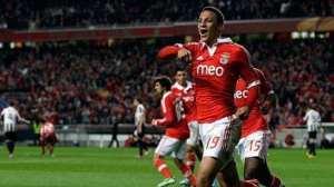 Rodrigo-celebra-el-empate-del-Benfica