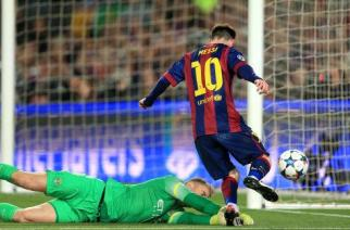 Hart evita una goleada del Barcelona ante el Manchester City